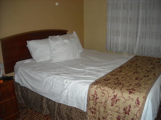 Residence Inn New Orleans Metairie: One of the bedrooms