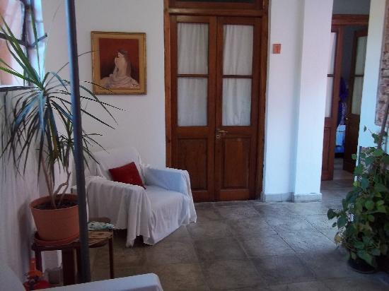 Antigua Fonda: Hall interior.