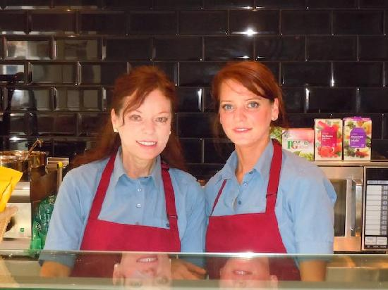 Cafe Nuvo: Cheerful friendly staff