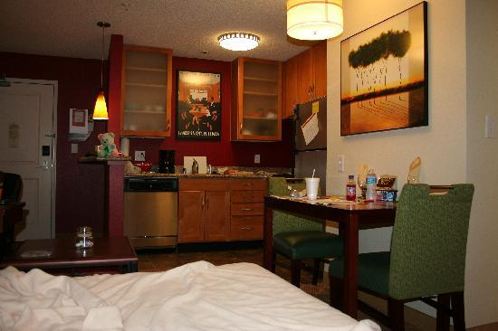 Residence Inn Paducah: Loved the full kitchen and big space