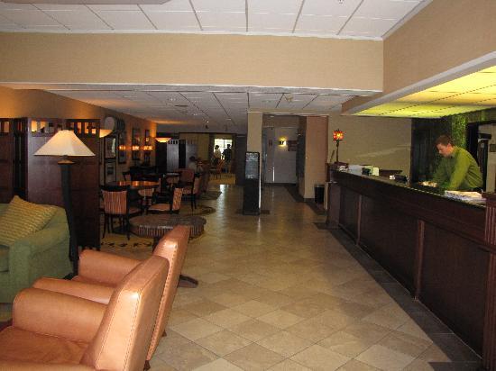DoubleTree by Hilton Hotel Vancouver, Washington: Lobby 2