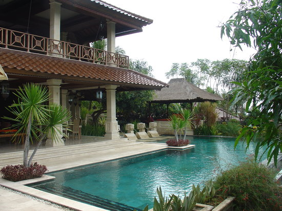 Gunung Paradise Retreat