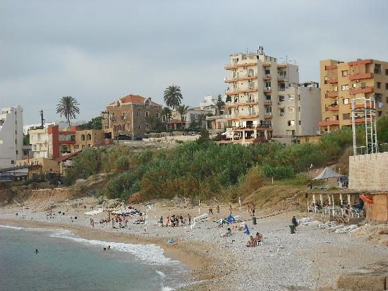 Ahiram Hotel: The public beach