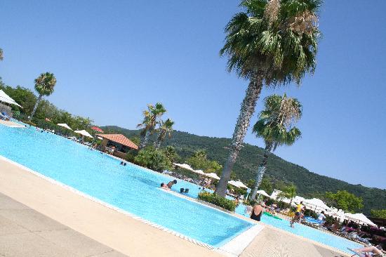 Club Med Napitia : la piscine
