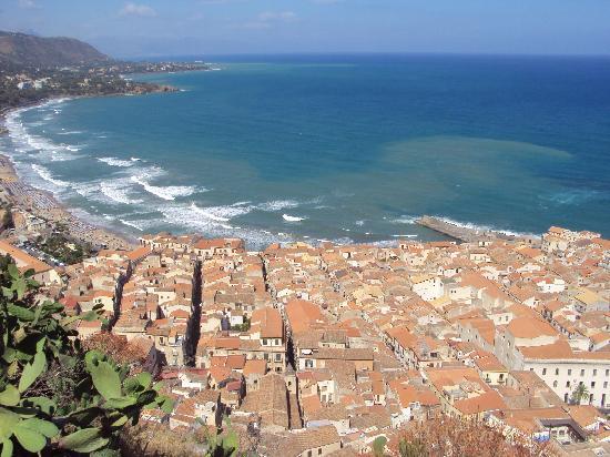 La Rocca: View of Cefalu'