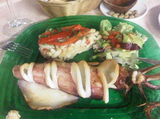 El Telescopio - La Tabla Restaurante : Calamari plate