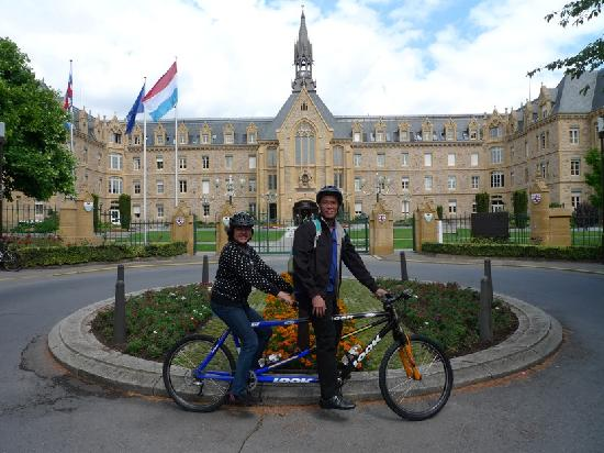 FEEL! Bike Tours : city tour on a tandem bike