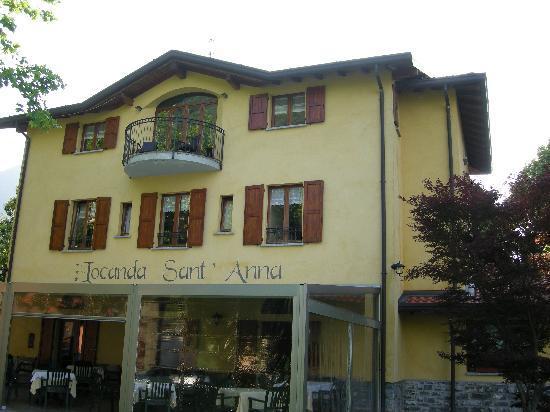 Locanda Sant'Anna: The 'Conservatory'