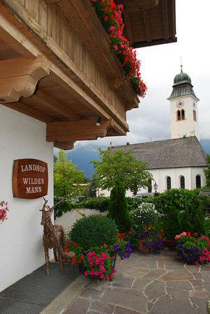 Hotel & Restaurant Wilder Mann : Thank goodness the church bells do NOT ring at night!