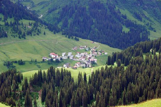 Hotel Theodul: Zur village next to Lech.