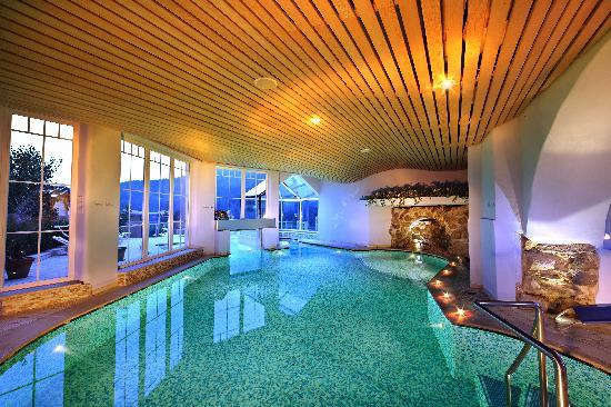 Albergo cavallino bianco hotel rumo trentino alto adige prezzi 2018 e recensioni - Hotel con piscine termali trentino ...