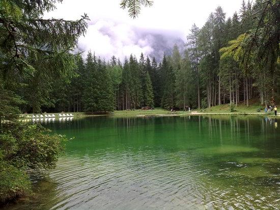 Cortina D'Ampezzo, Italie : Lago di Pianozes