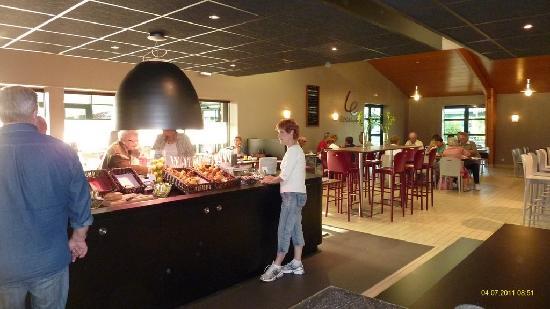 Campanile Poitiers - Site Du Futuroscope : Buffet Breakfast
