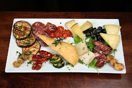Sapori Restaurant: A little bit of Italy brought to your table.