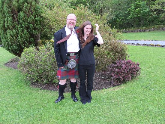 Ballygrant Inn & Restaurant: Even the staff wanted to join in!