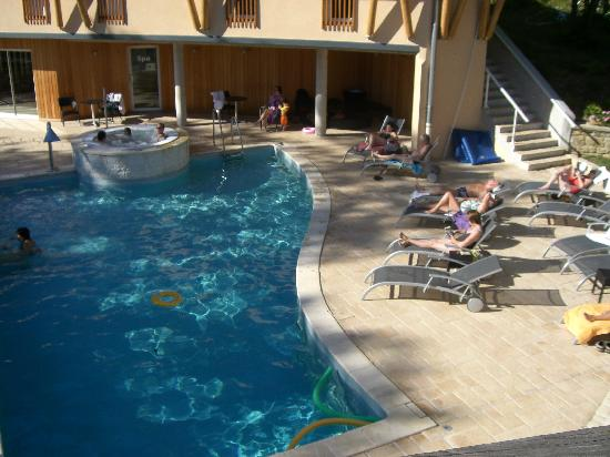 Hotel Parenthese : Spa and pool area