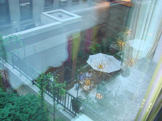 Crosby Street Hotel: View out of Bedroom window