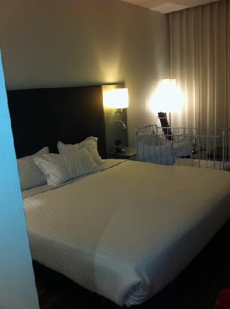 AC Hotel Burgos by Marriott: chambre