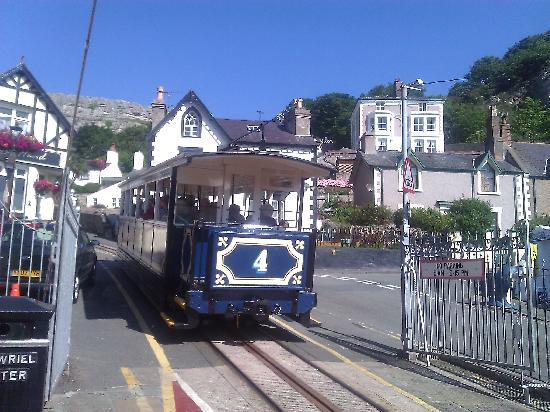 Llandudno, UK: Tram Station at the bottom of the Great Orme