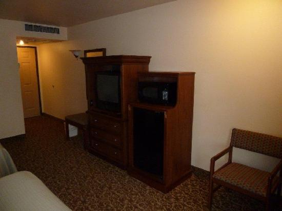 Best Western El Grande Inn: TV cabinet etc