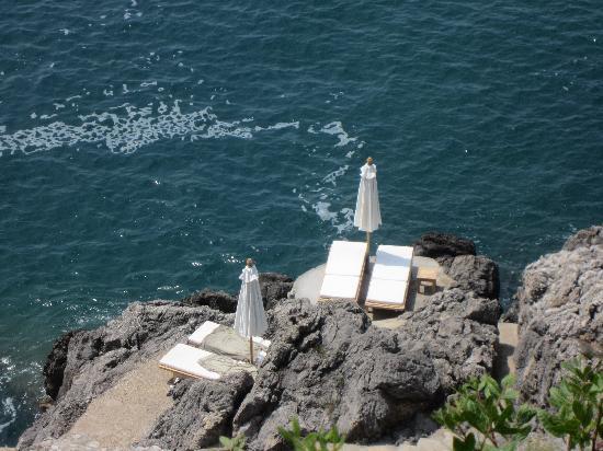 Casa Privata : private cliff