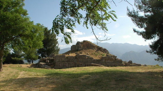 Sparta, Greece: Menelaion, Heiligtum