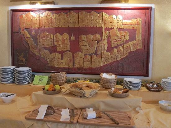 Hotel Goldener Greif: The breakfast area