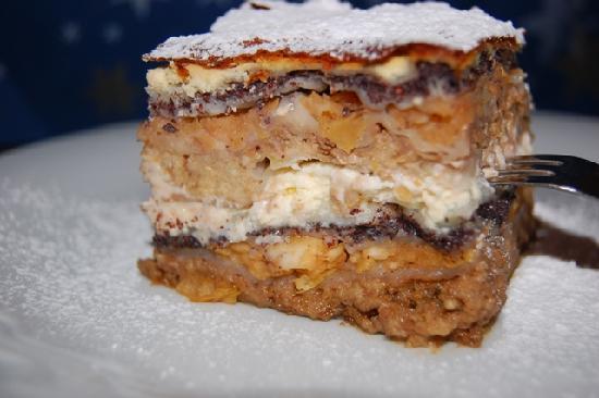 Gostilna Sokol Ljubljana: Gibanica- the best dessert ever! Il migliore dolce della mia vita....