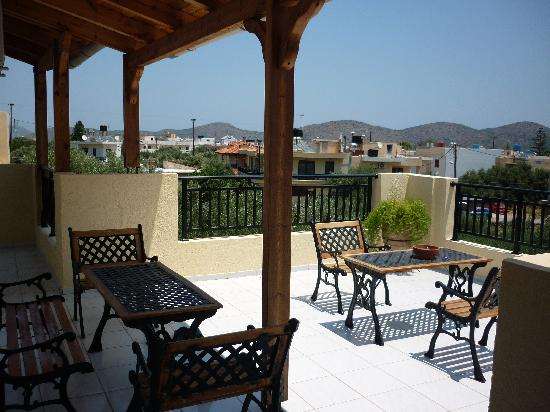Emilia Apartments: Terrace on second floor