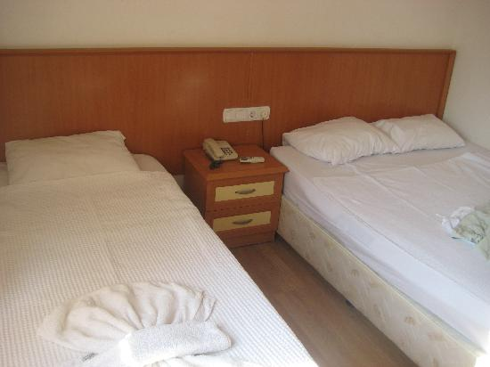 Arikan Inn : Our room, double with extra bed