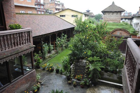 Vajra Guest House & Restaurant