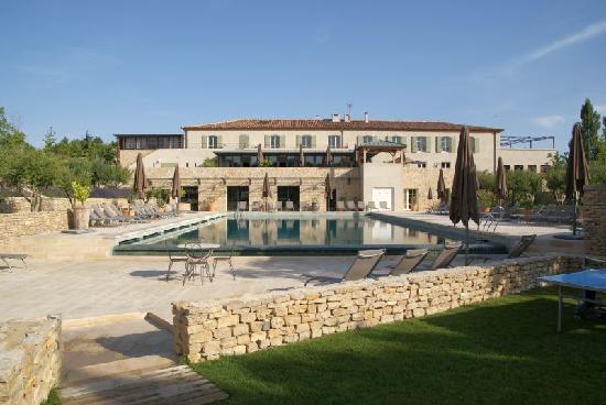 Jardins de Saint-Benoit: Pool