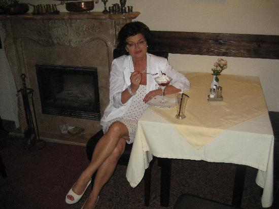 Milkow, Polonia: The Charming Owner, Mrs. Olenka