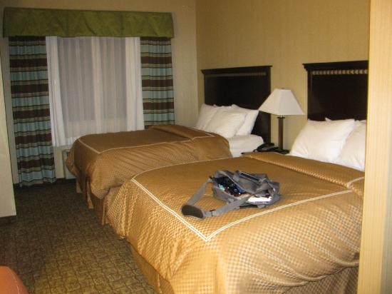 Comfort Suites Bloomsburg: two-bed room- a little dark