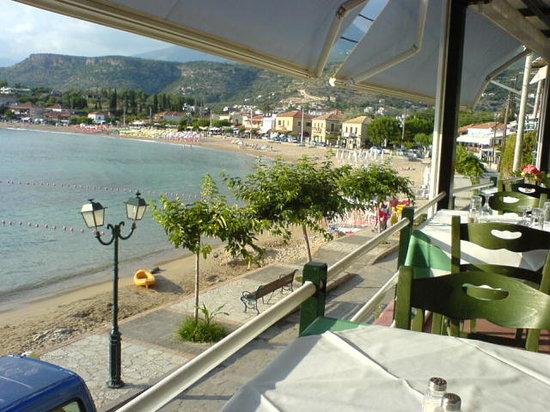 Pefko Taverna : View from Pefko abive the boulevard