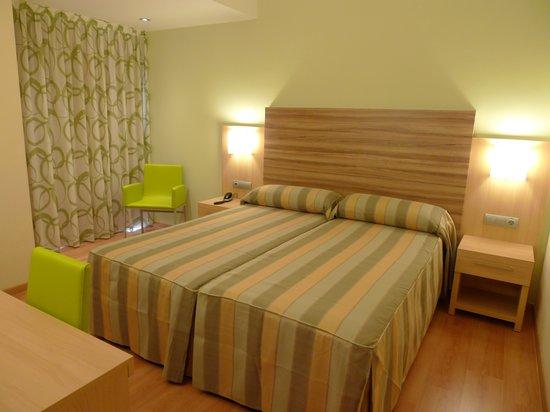 Riviera Beachotel: HABITACION/ROOM