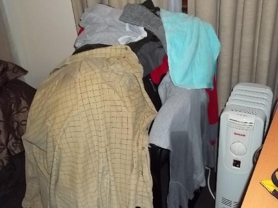 Alishan International Guest House: Nuestro closet