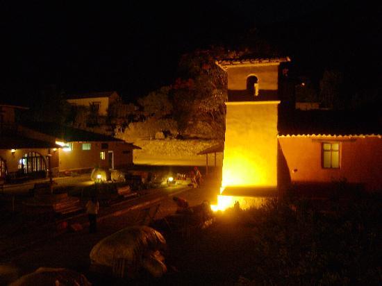 Sonesta Posadas del Inca Yucay: su capilla de noche