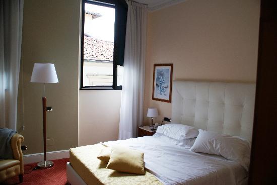 Hotel Roma: Das Zimmer: etwas beengt