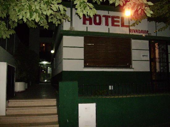Trelew, Argentina: Façade de l'hôtel