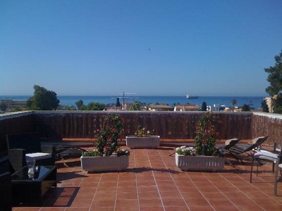 Malaga Hostel: The beautiful terrace on the top