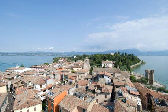 Hotel Catullo: View of Sirmione from the castle