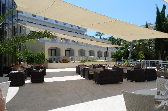 Hotel St. George: Outside terrace