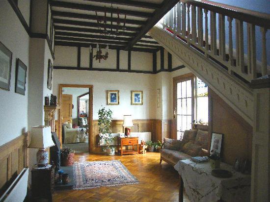 Ferrycraigs House: Entrance Hall