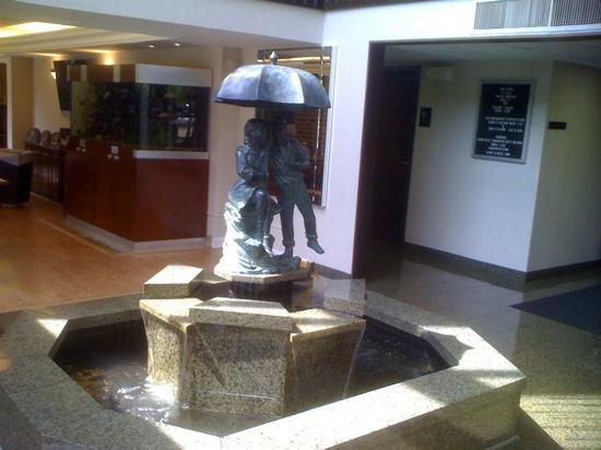 Quality Inn Schaumburg: Main Lobby Entrance