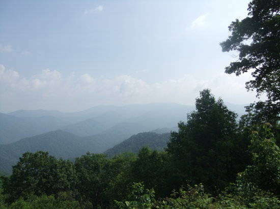 North Carolina Mountains, Kuzey Carolina: Nice view the 1st or 2nd time; the 10th ot 11th !