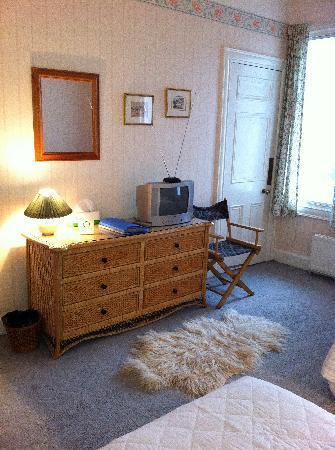 Ferrycraigs House: Twin Room