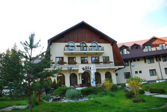 Hotel Ruia: The hotel