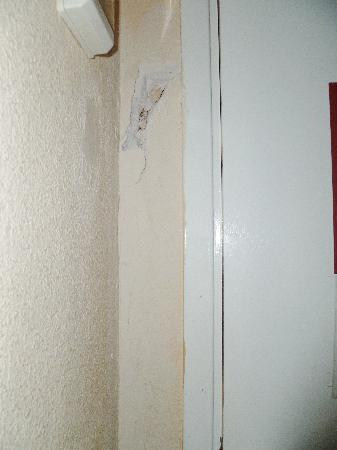 Velazquez : Agujero en la pared