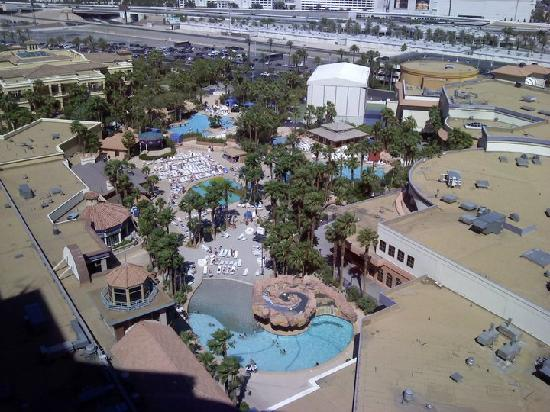 Pool strip view picture of rio all suite hotel casino for Nspi pool show vegas